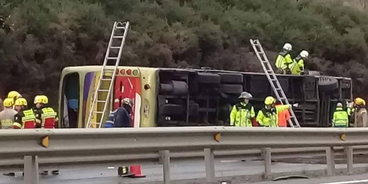 Seis muertos y decenas de heridos deja un accidente de autobús en Chile