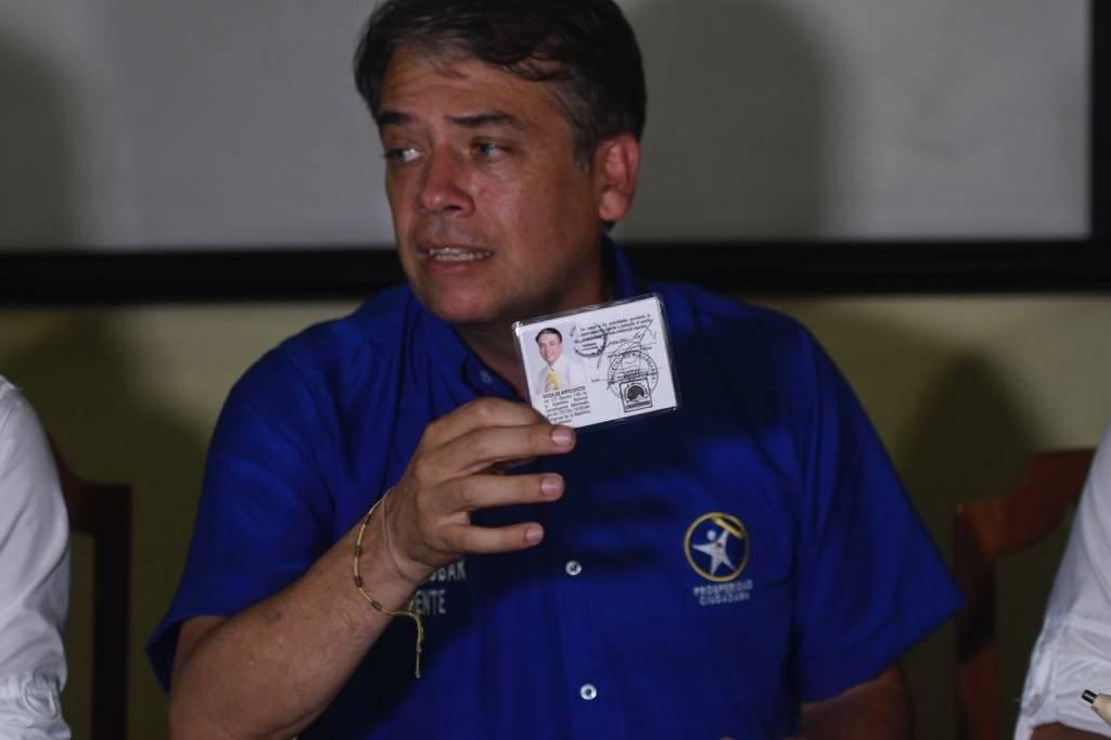 Conferencia de Edwin Escobar. Foto: Omar Solís