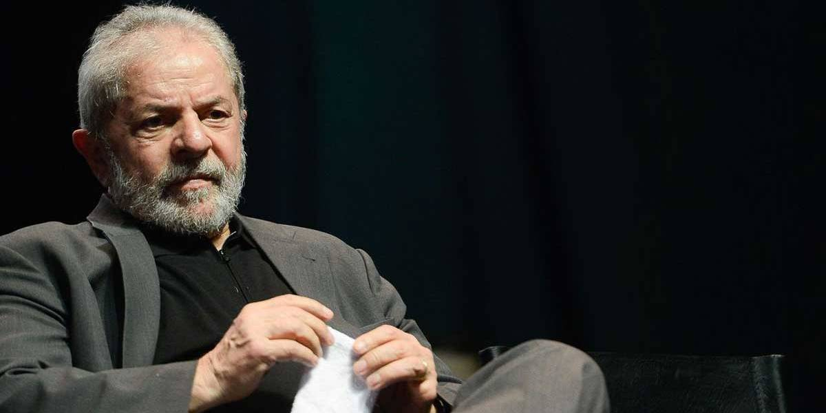 Lula deve recolher multa de R$ 4,9 mi para migrar ao semiaberto