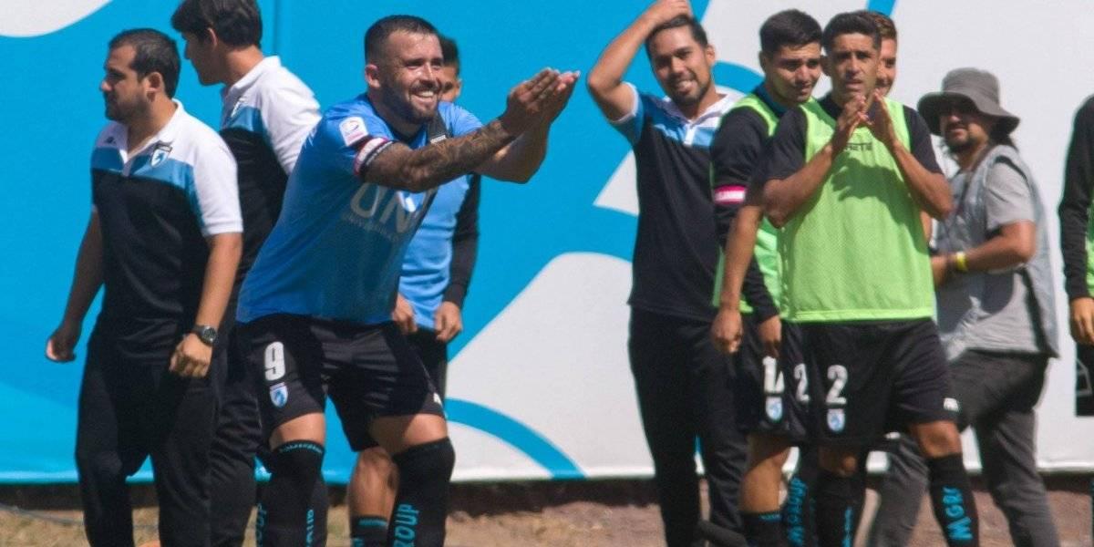 Deportes Iquique baja a Unión La Calera y vuelve a los abrazos