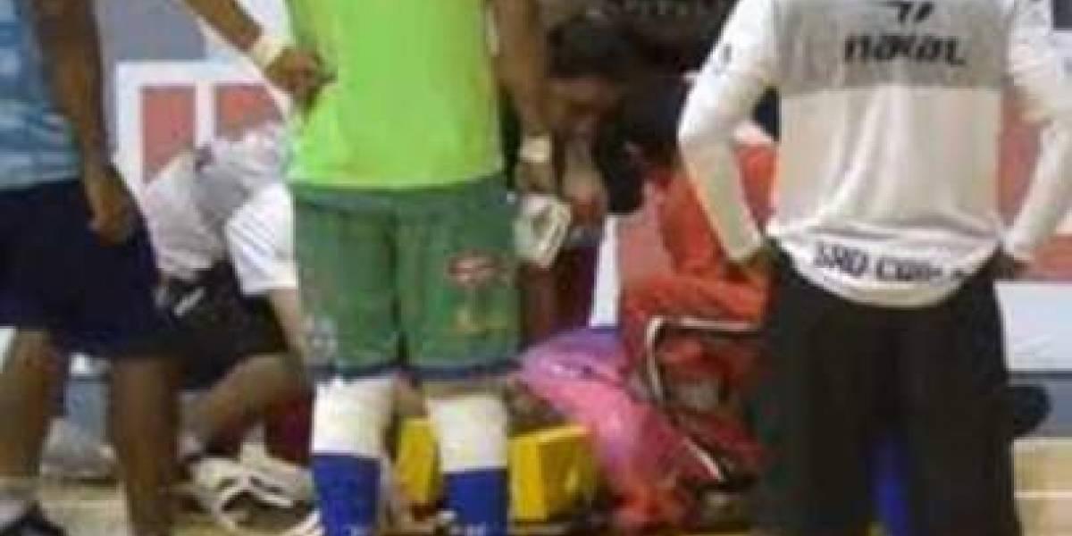 Árbitro sufre un infarto durante partido y fallece