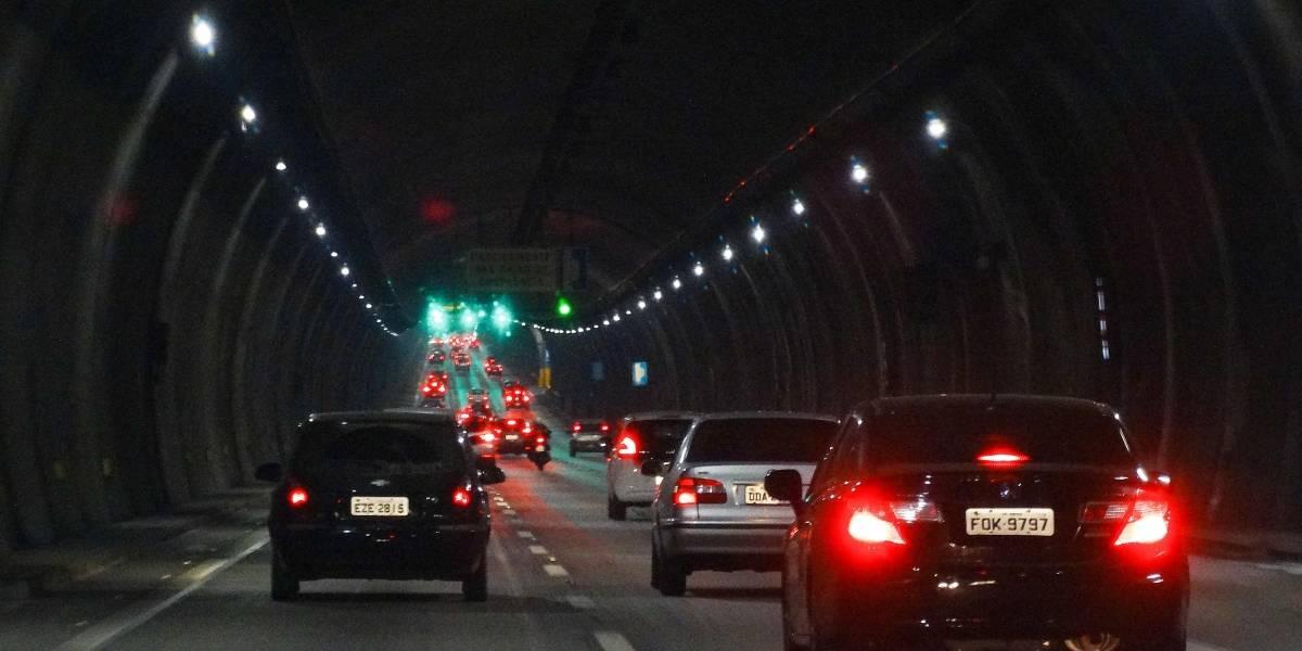 Túneis da rodovia dos Imigrantes ficam no escuro até sexta; entenda