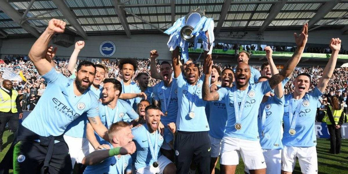 El título de Premier League sin jugar de Claudio Bravo se suma a su registro, pero no le entrega medalla