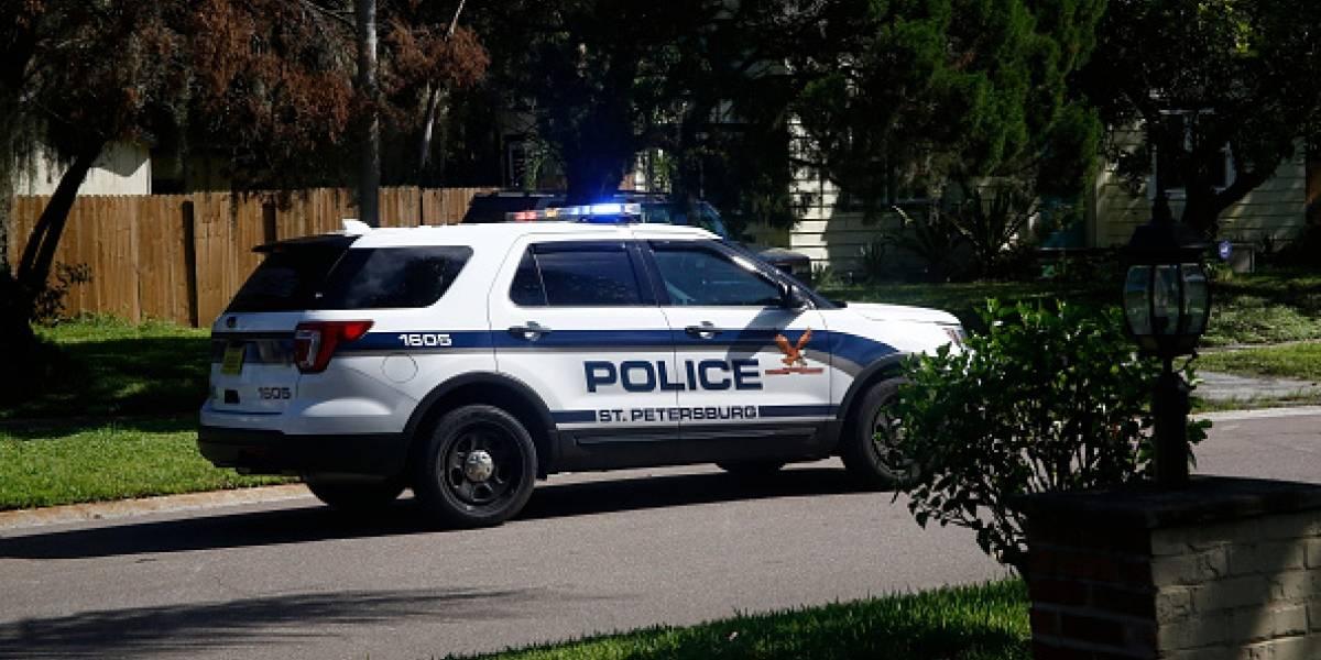Escucharon a mujer pidiendo auxilio a gritos y corrieron a ver qué pasaba: policías héroes salvan la vida a bebé