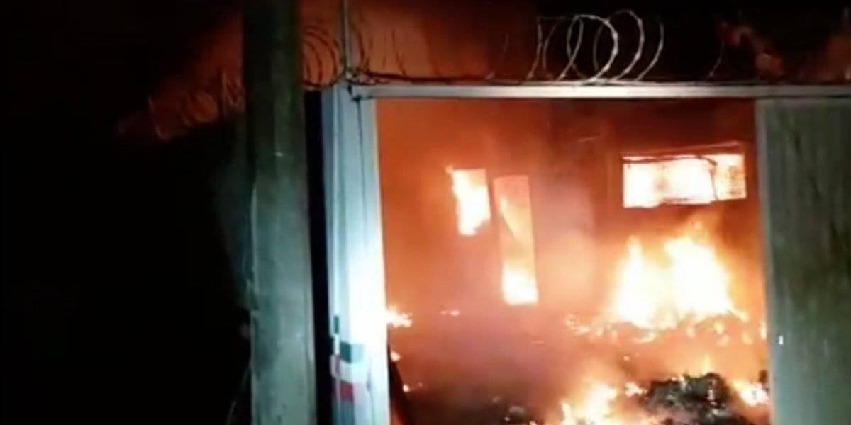 Indocumentados provocan incendio en estación migratoria en Oaxaca