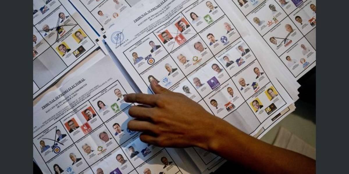 ¿Cuáles colores se definieron para distinguir las papeletas electorales?