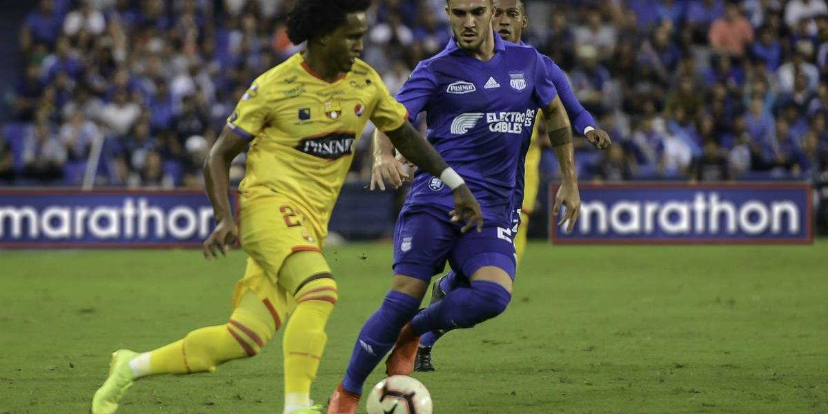 Emelec vs Barcelona: Banguera fue agredido por un pasabolas al finalizar el partido