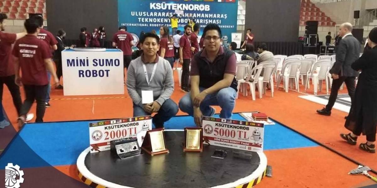 Estudiantes mexicanos ganan torneo de robótica en Turquía