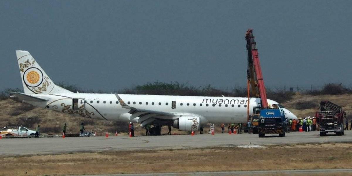 VIDEO: Dramático aterrizaje de un avión con una sola rueda en Mandalay
