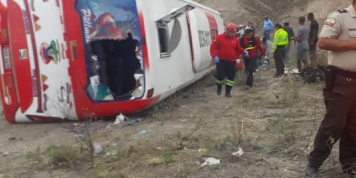 Accidente dejó nueve muertos y 36 heridos en Ecuador
