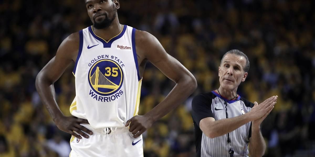 Aseguran que Kevin Durant se perderá al menos un partido de la final del Oeste