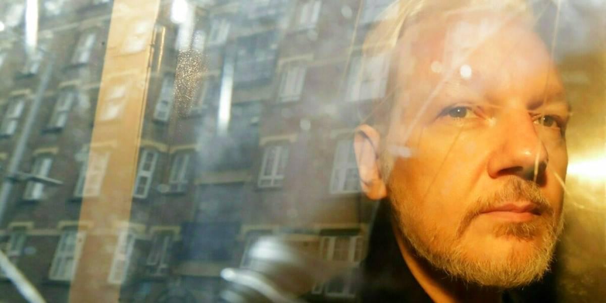 Suecia reabre el caso de violación contra Julian Assange