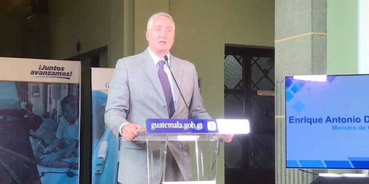 Dos mil agentes protegen a candidatos y funcionarios públicos, según Degenhart