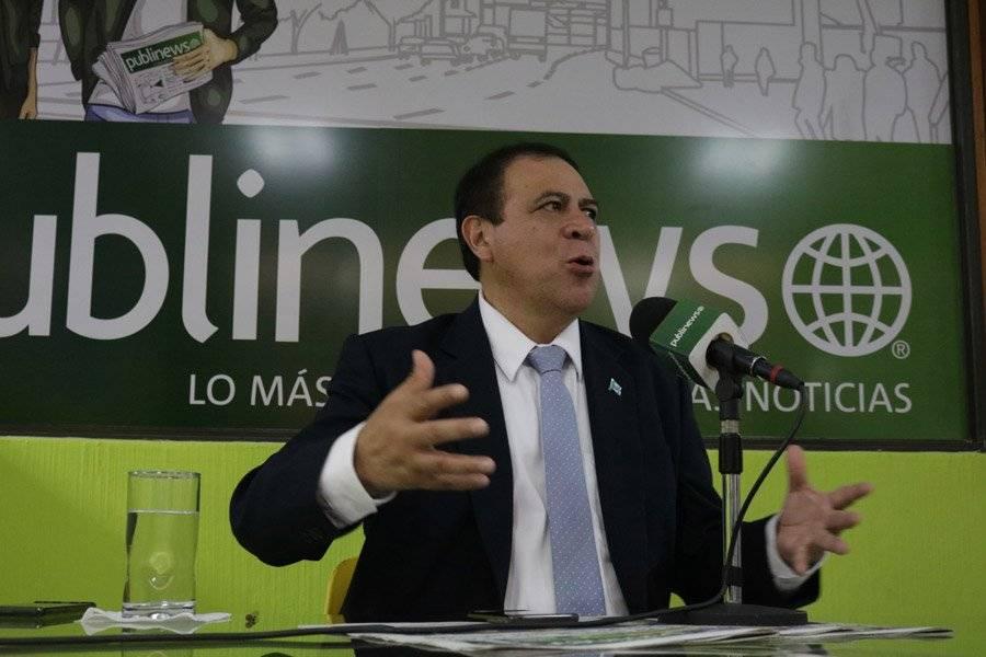 Candidato Luis Velásquez