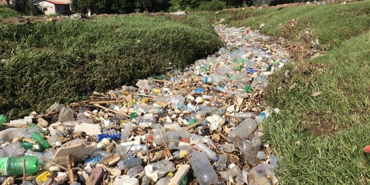 VIDEO: El río de plástico en cantón Nimapá, Totonicapán
