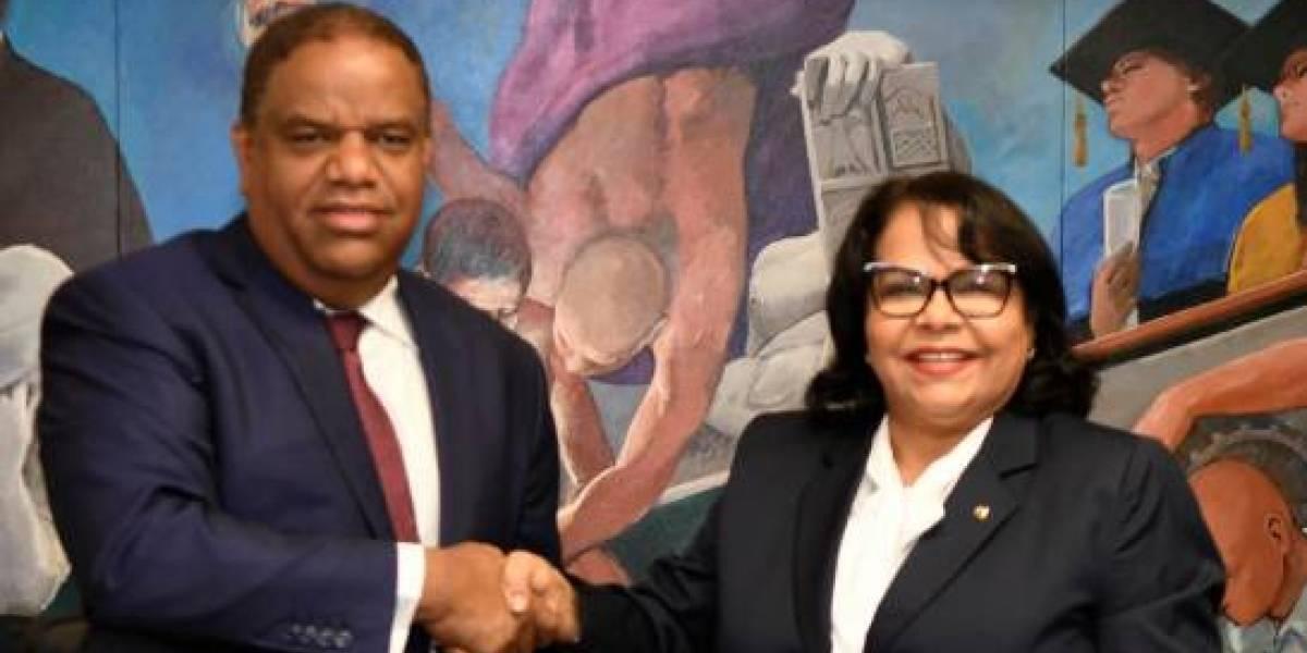 UASD y Ministerio de Deportes firman acuerdo para mejorar deporte universitario de RD