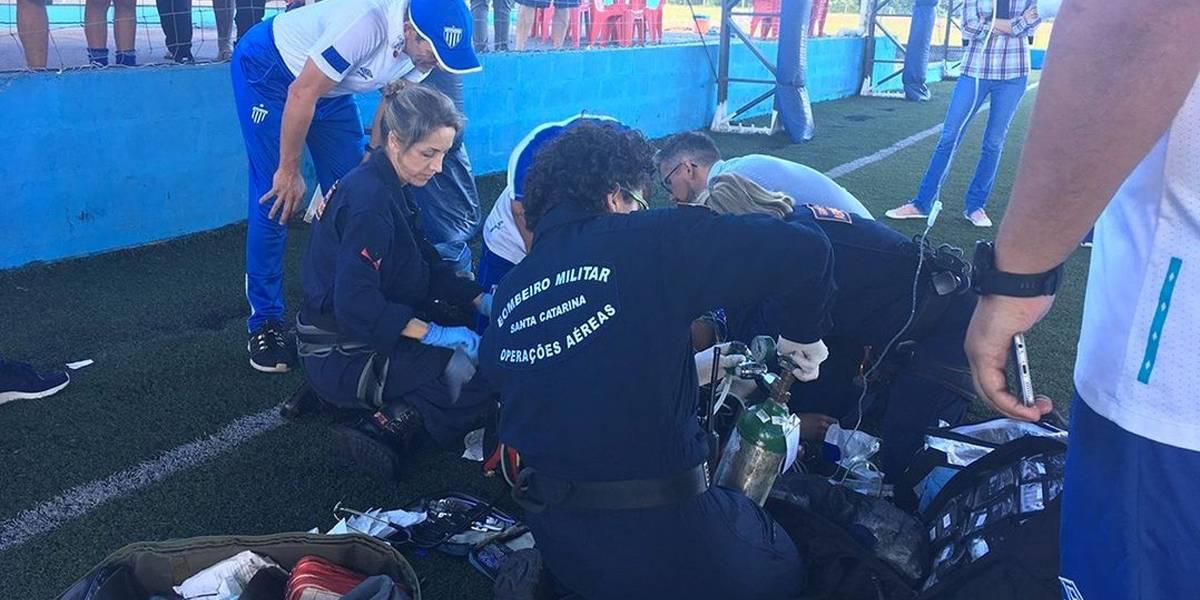 Jogador do Avaí sofre parada cardiorrespiratória em treino