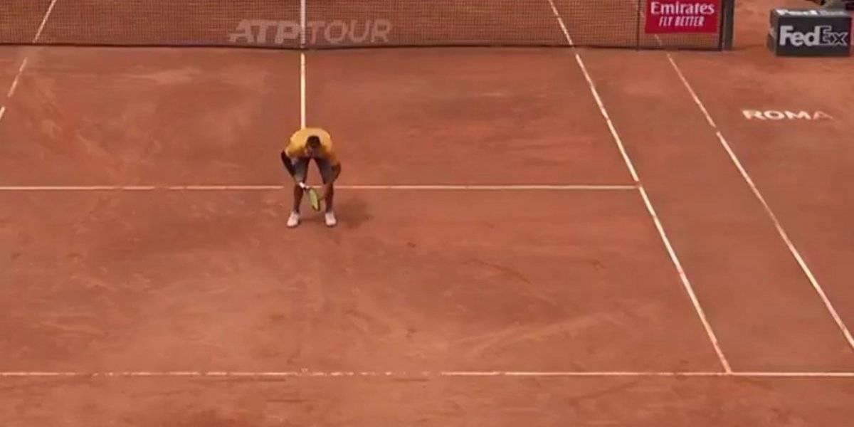 El último show de Nick Kyrgios en Roma: sacó por abajo, le puso el trasero a una jugada, mandó una pelotas a las nubes y ganó
