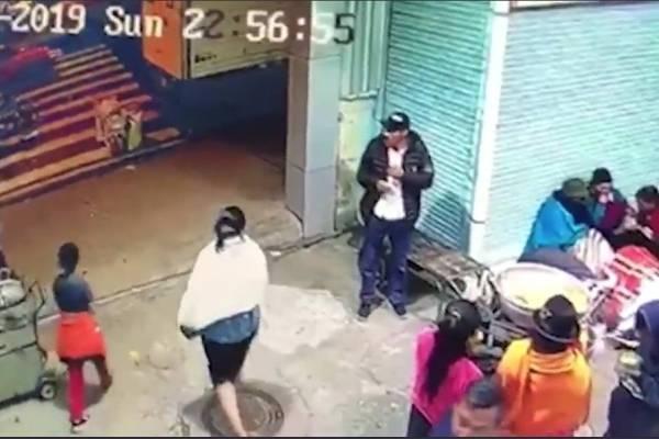 33a96d20 Ambato: Varios comerciantes lincharon a delincuente que disparó a dos  personas