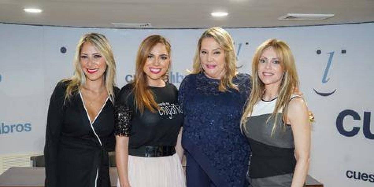 """#TeVimosEn: Claudia Uzcátegui presenta en RD su libro """"Tu marido me engaña"""""""