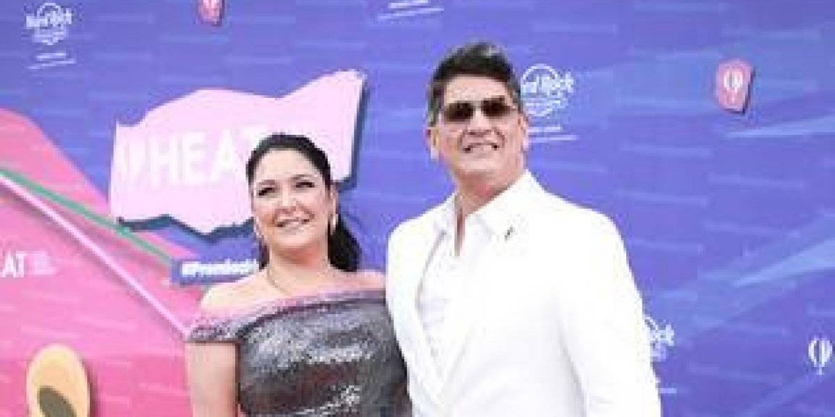 """Artistas desfilaron con alegría por la alfombra roja de """"Premios Heat"""""""
