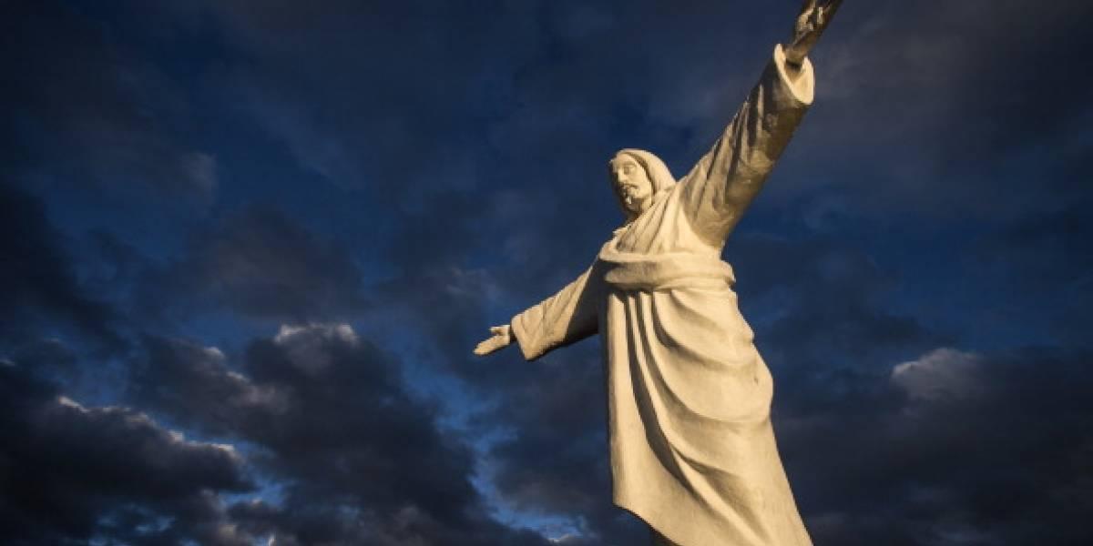 """Impacto en Argentina: aseguran que """"Jesús"""" apareció en el cielo y revelan sorprendente imagen"""