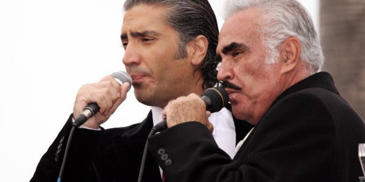 """Vicente Fernández Jr. se refirió a la polémica de su padre con el """"hígado gay"""""""