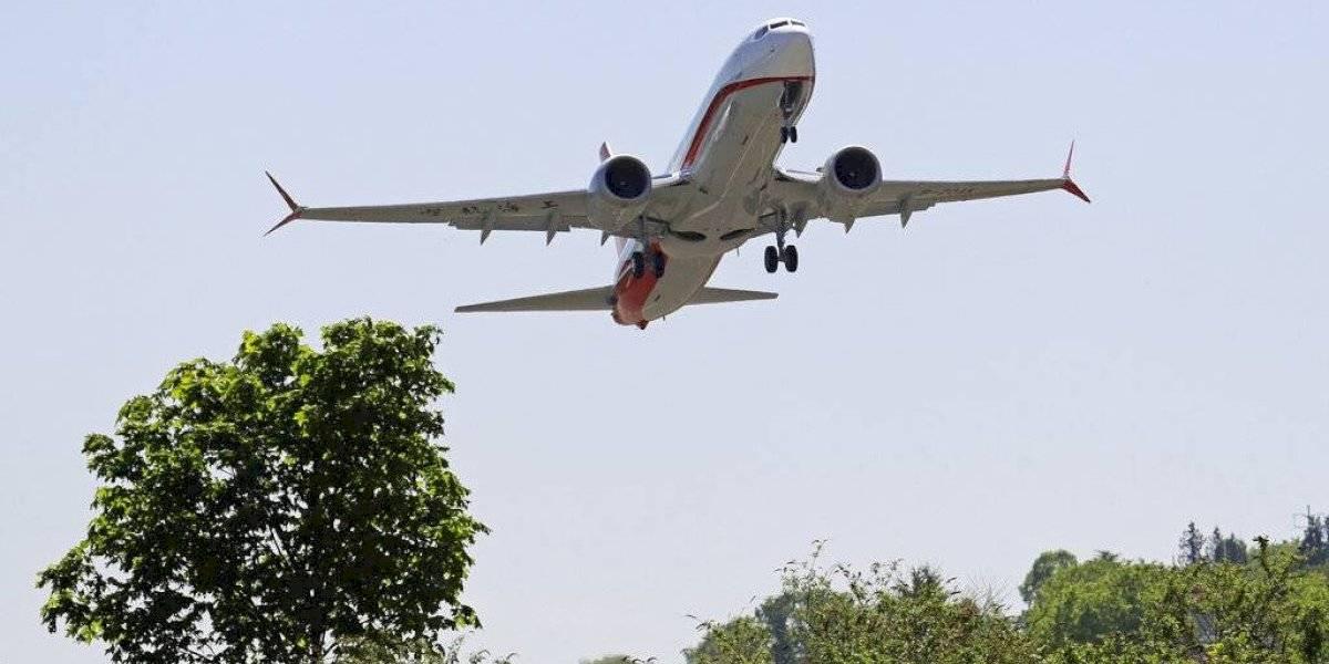 Se estrella avión y mueren 9 personas