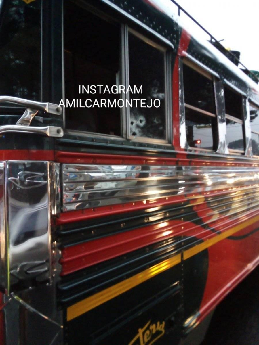 ataque armado contra bus en calzada San Juan