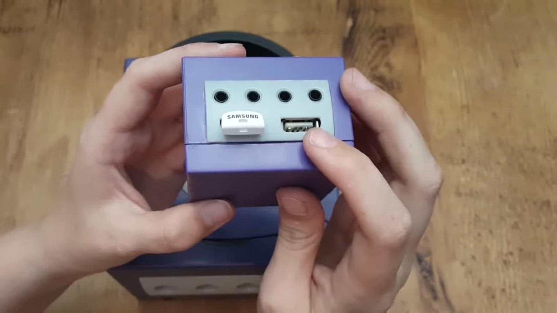 Fan de Nintendo construye su propia GameCube Classic, totalmente funcional