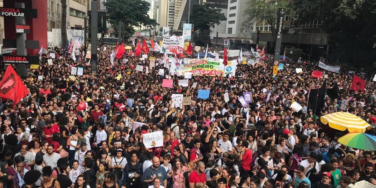 Acompanhe ao vivo as manifestações dos estudantes em São Paulo
