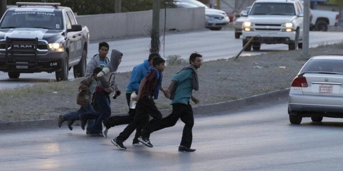 Rescatan a 161 guatemaltecos migrantes en el sur de México