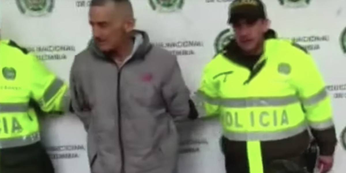 """Capturan a alias """"El Abuelo"""" sindicado de distribuir droga en colegios de Bogotá"""