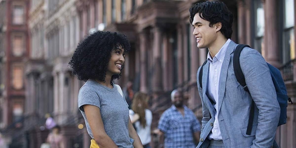 Em 'O Sol Também é uma Estrela', diferença étnica pauta romance adolescente