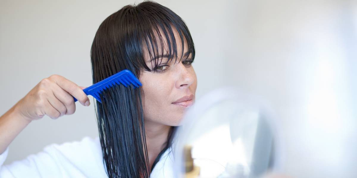 5 dicas essenciais para o dia a dia para evitar a queda de cabelo