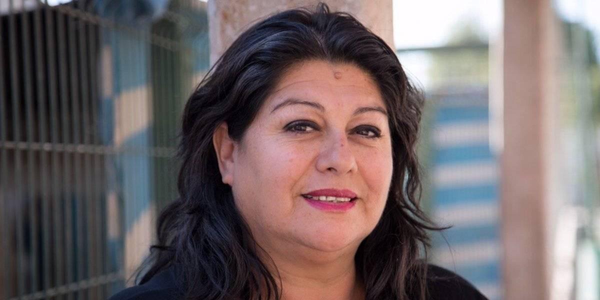 Fundación Mujer Impacta premió a copiapina que produce eco-adoquines con relaves mineros de Atacama
