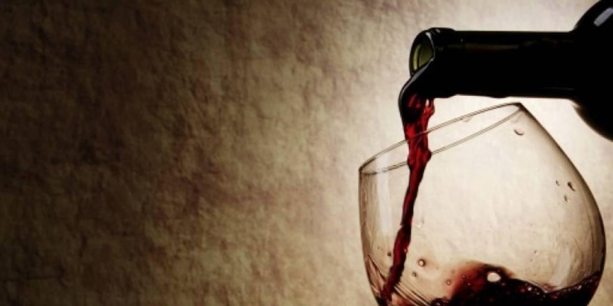 Increíble: Hombre pidió un vino, el mesero se equivocó y terminó tomándose una botella de $ 19 millones