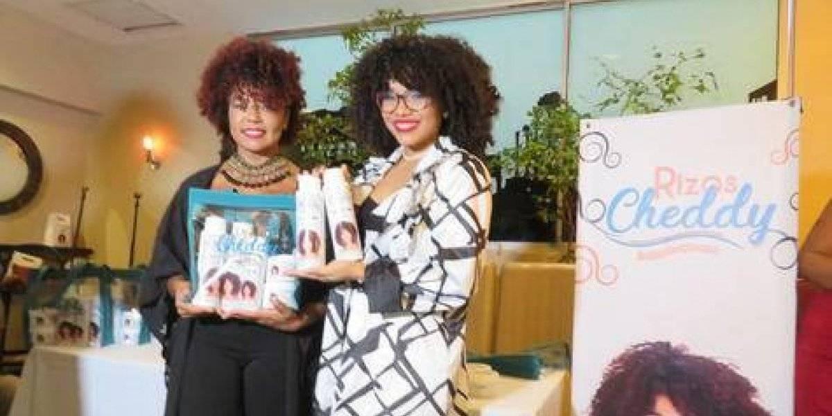 Cheddy García motiva a las mujeres a usar cabello rizo