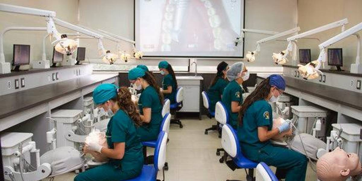 Universidad San Francisco de Quito abre posgrado en cirugía pediátrica