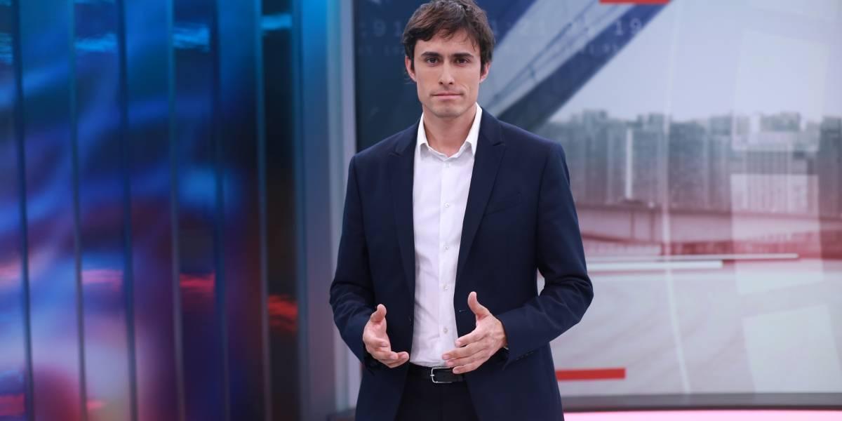 Más de un mes sin pantalla: Roberto Cox está incomodo en CHV