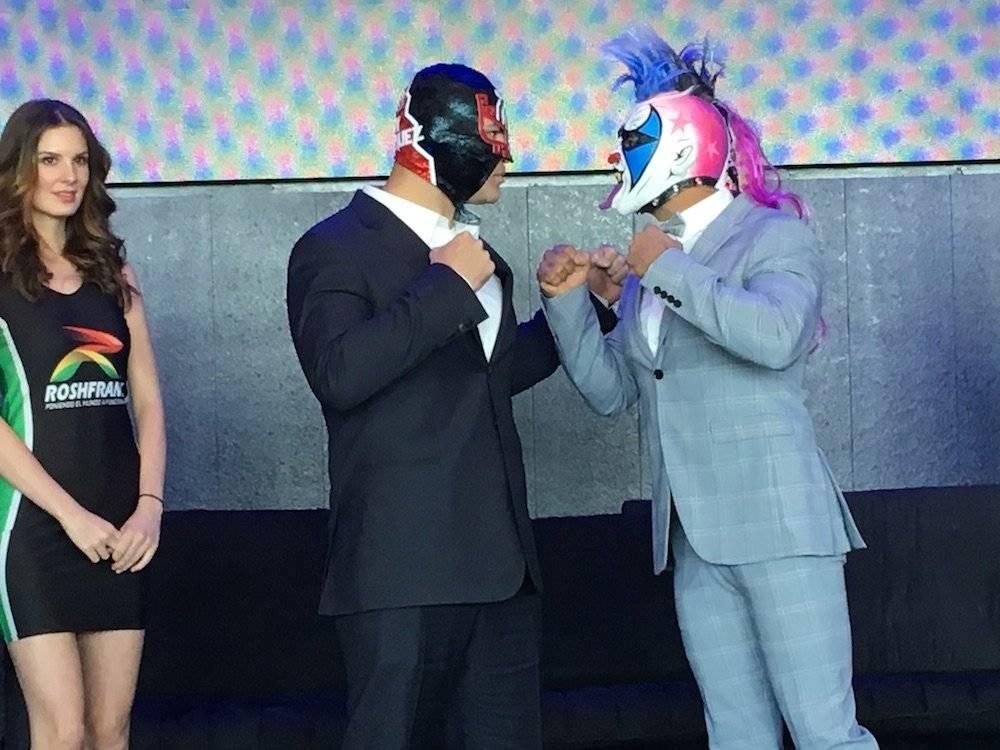 Psycho quiere demostrarle a Caín que la lucha libre no es un juego. / Sergio Meléndez/Publisport