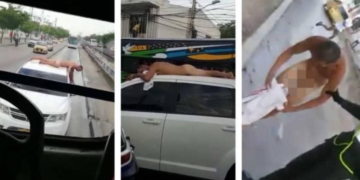 Hombre desnudo sorprende a los barranquilleros al recorrer la ciudad encima de un carro