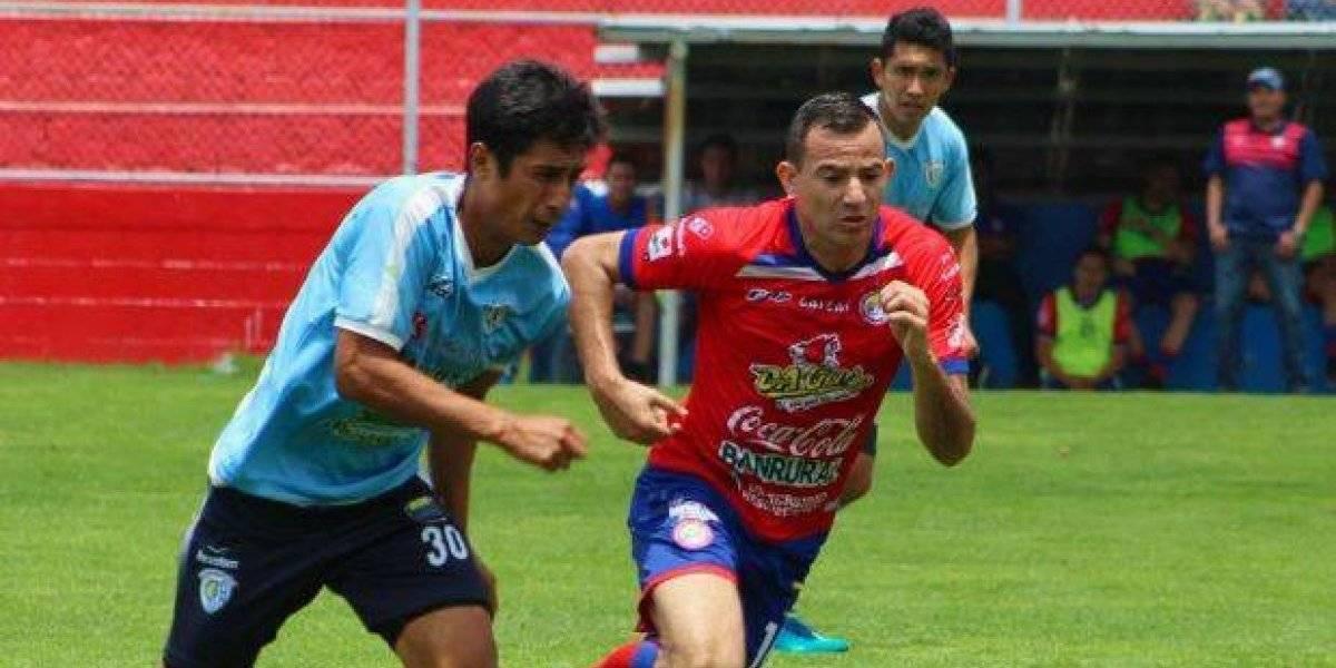 Xelajú declara transferible a Marco Pappa y a otros futbolistas