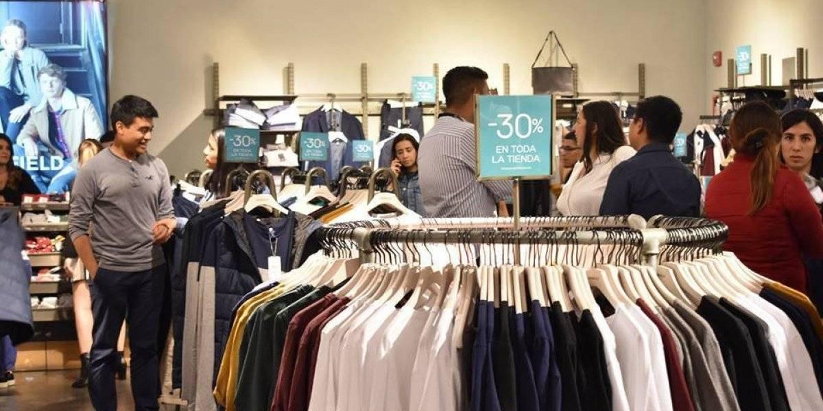 Por una noche podrás encontrar descuentos de hasta el 70% en más de 90 tiendas