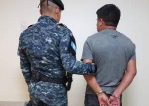 capturado con dinero en efectivo en aeropuerto La Aurora
