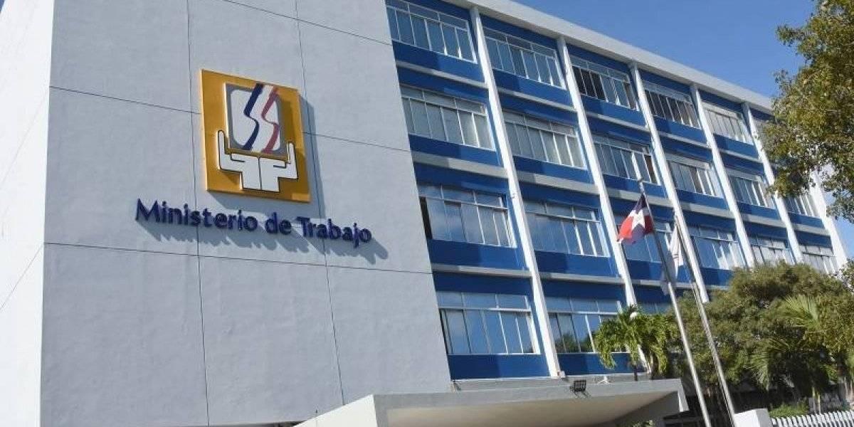 """Ministerio de Trabajo lanzan en Santiago """"Programa Primer Empleo"""""""