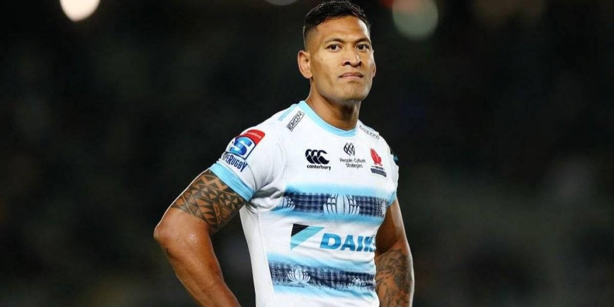 Ordenan expulsar a estrella del rugby por comentarios homófobos