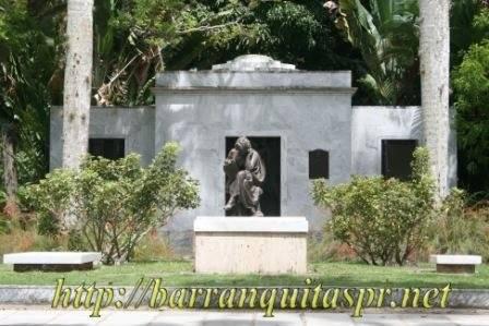 Mausoleo Muñoz