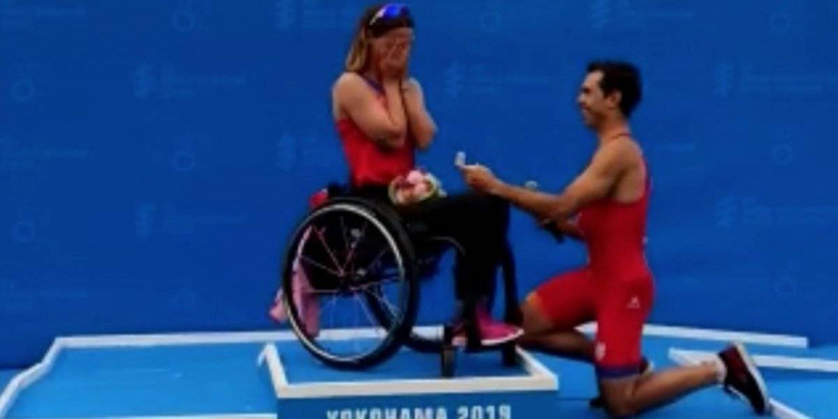 VIDEO: Proponen matrimonio a triatleta paralímpica tras ganar competencia