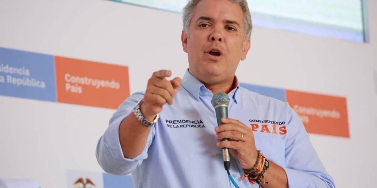 Duque pide a países donde pueda estar Santrich entregarlo a Colombia